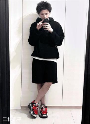 三科光平(オーシャントーキョー)の服!香水や時計のブランドは?3
