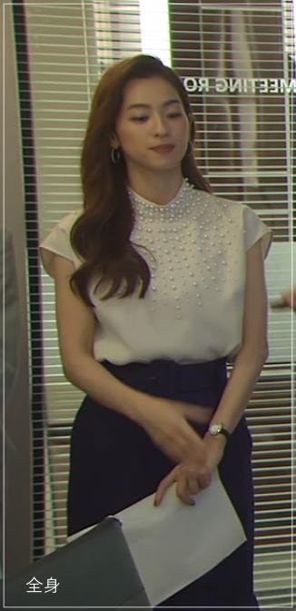 スーツ[5話] 中村アンの服がかわいい!ファッションにアクセサリー!a1