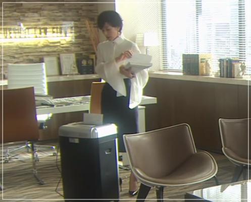 SUITS/スーツ[11話] 鈴木保奈美の衣装!サンローランにディオールも!35