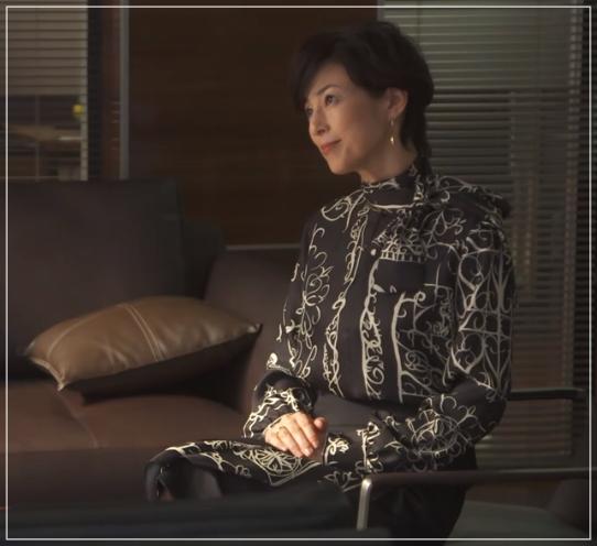 SUITS/スーツ[10話] 鈴木保奈美が着用のピアス!バッグに衣装も!a15