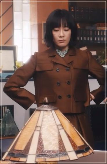 QUEEN[2話]水川あさみが着用の服!ジャケットにスカートも!1-1