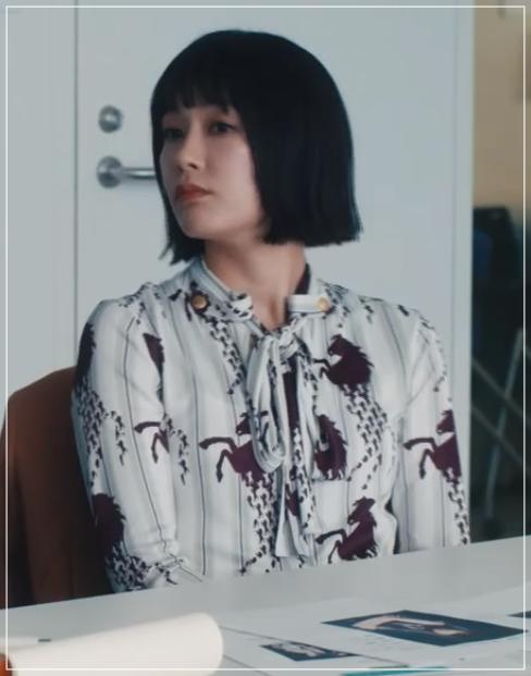 QUEEN[1話]水川あさみの衣装!モテるファッションブランドは?11