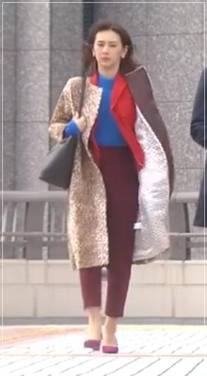家売るオンナの逆襲[2話]北川景子の衣装!服にピアスやバッグも!15