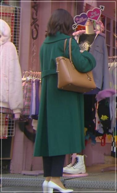 家売るオンナの逆襲[3話]北川景子の衣装!靴にコートにパンツも!15