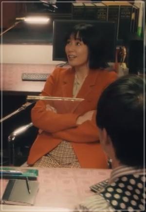 QUEEN[2話]水川あさみが着用の服!ジャケットにスカートも!16