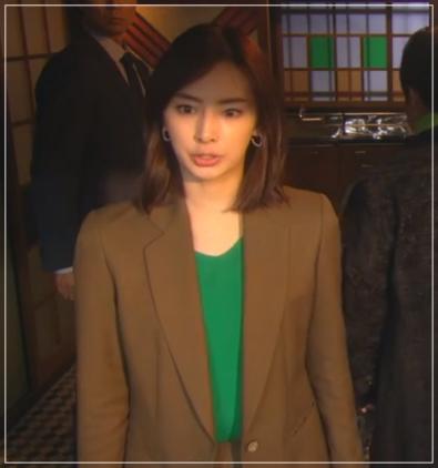 家売る女の逆襲[1話]北川景子の着用の洋服がきれい!アクセサリーも16
