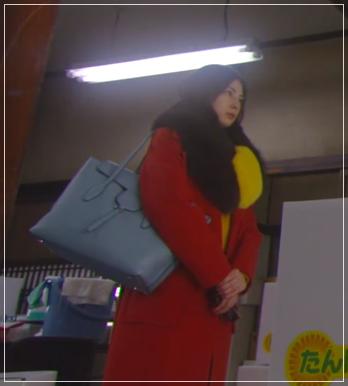 家売る女の逆襲[1話]北川景子の着用の洋服がきれい!アクセサリーも2