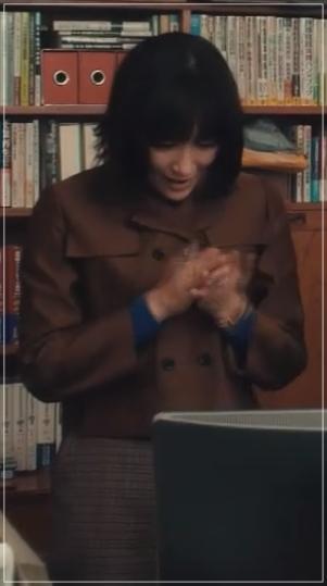 QUEEN[2話]水川あさみが着用の服!ジャケットにスカートも!26-2