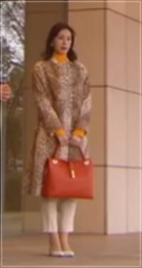 家売る女の逆襲[1話]北川景子の着用の洋服がきれい!アクセサリーも3