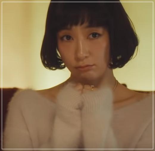 QUEEN[2話]水川あさみが着用の服!ジャケットにスカートも!7.5-2