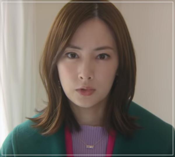 家売るオンナの逆襲[7話]北川景子の衣装!スーツにバッグにネックレス1