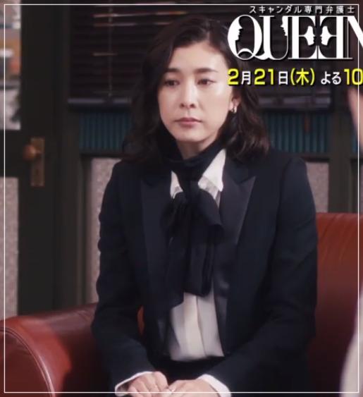 スキャンダル専門弁護士QUEEN[7話]竹内結子ドラマの衣装やハイヒール1