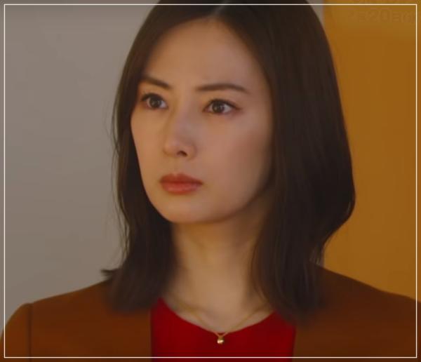 家売るオンナの逆襲[7話]北川景子の衣装!スーツにバッグにネックレス10-1
