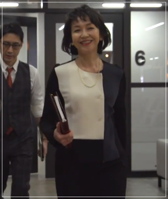 グッドワイフ[4話]賀来千香子のファッション!スーツにバッグも!13