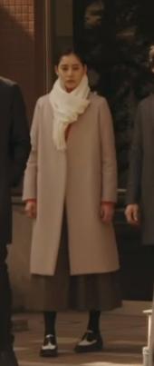 トレース[7話]新木優子の衣装!トレーナーにドクターマーチンも!19