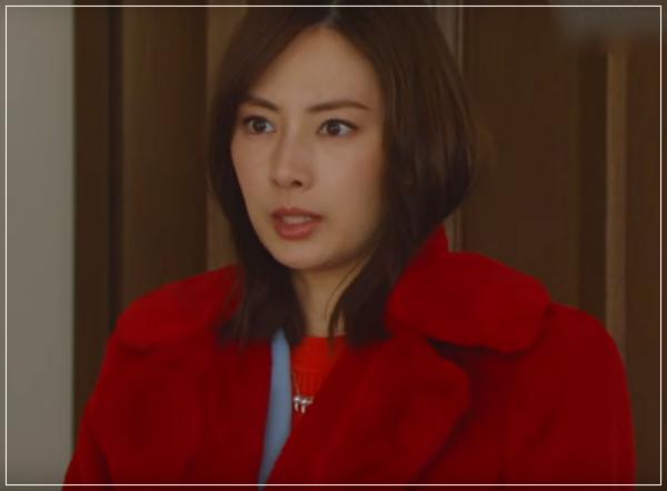 家売るオンナの逆襲[6話]北川景子のブランド!ティファニーやコート!2