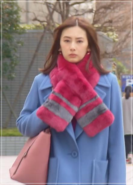 家売るオンナの逆襲[8話]北川景子の衣装!ファーマフラーにコートも4
