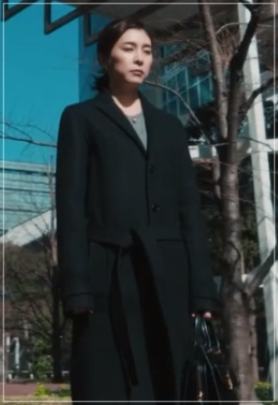スキャンダル専門弁護士QUEEN[7話]竹内結子ドラマの衣装やハイヒール50