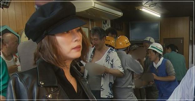 松本清張「疑惑」米倉涼子のかっこいい衣装!ジャケットにネックレスもgiwa4ue