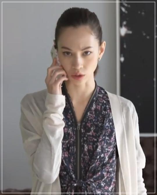 グッドワイフ[8話]水原希子のドラマの衣装!ピアスにバッグやコート27