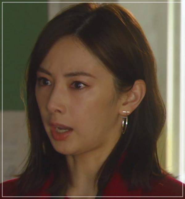 家売るオンナの逆襲[9話]北川景子のドラマの衣装!ピアスにコートも32
