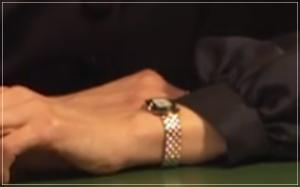 グッドワイフ[8話]賀来千香子のドラマの衣装!アクセサリーに時計もw6-2