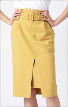 「わたし定時で帰ります」吉高由里子の衣装!ブラウスにスカートやバッグ