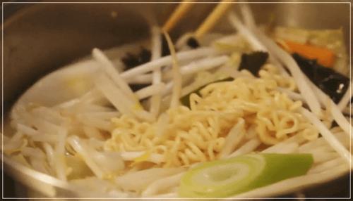 きのう何食べた?[5話]レシピ!ケンジのサッポロ一番みそラーメン8