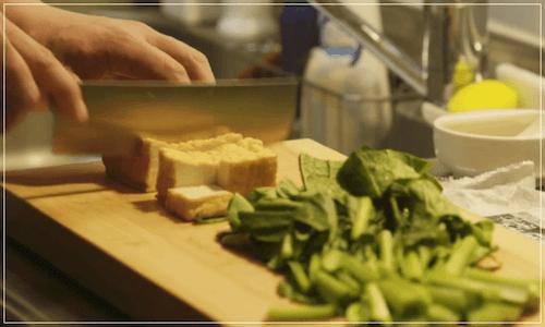 きのう何食べた[1話]レシピ!小松菜と厚揚げの煮浸し・かぶと豚肉の味噌汁2