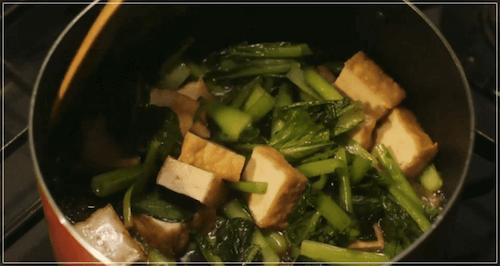 きのう何食べた[1話]レシピ!小松菜と厚揚げの煮浸し・かぶと豚肉の味噌汁1