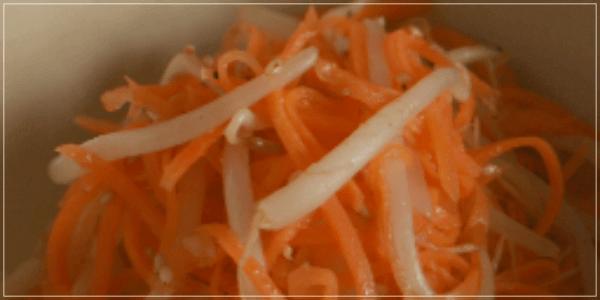 きのう何食べた?12話(最終回)レシピ!にんじんともやしのナムル1