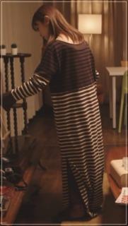 捨ててよ安達さん[4話]安達祐実の衣装!パーカーやスカートやブラウス