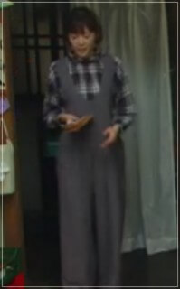 監察医朝顔2【3話】上野樹里の衣装!洋服やバッグにリュック!結婚指輪 kansatui-asagao327