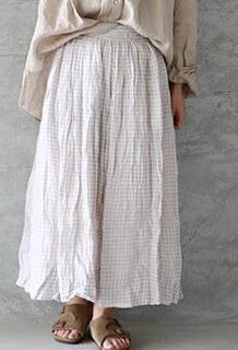 監察医朝顔2【5話】上野樹里の衣装!スカートやワンピースにスニーカー8